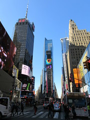 2019 Mood Lighting Number One Times Square Building 6786 (Brechtbug) Tags: 2019 mood lighting number one times square building morning with waterford crystal ball turned off its pole new york city looking south nyc broadway architecture eve holiday buildings signs year years ad electronic billboard 04242019