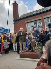 """Waiting for Me Dad - Mackenzie Thorpe sculpture unveiling • <a style=""""font-size:0.8em;"""" href=""""http://www.flickr.com/photos/156364415@N06/47688222572/"""" target=""""_blank"""">View on Flickr</a>"""