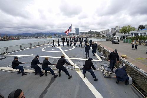 Sailors heave mooring line as USS Ross (DDG 71) arrives at Batumi, Georgia.