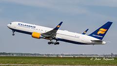 TF-ISP  Boeing 767-300 -  Icelandair (Peter Beljaards) Tags: msn26971 cf680 eldgjá tfisp icelandair boeing767300 767 boeing767 b767 nikon7003000mmf4556 nikon5500 nikon ams eham schiphol airplane jetliner aircraft plane departure polderbaan haarlemmermeer
