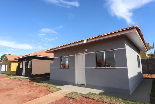 Entrega de Casas - Nova Londrina