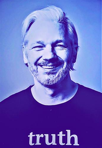 Free Julian Assange -   Free WikiLeaks