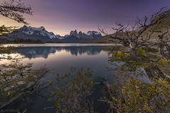 Cuernos reflection - Torres del Paine (Captures.ch) Tags: aufnahme capture nationalpark unesco baum berge forest glacier gletscher gras hill himmel hügel lake landscape landschaft mountains sky tree valley wasser wald water chile torresdelpaine autumn fall herbst abend abenddämmerung dusk sonnenuntergang sunset clear clouds klar wolken ngc