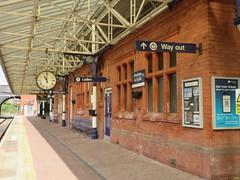 Poulton Station (deltrems) Tags: poultonlefylde poulton fylde coast lancashire station platform clock rail railwat train
