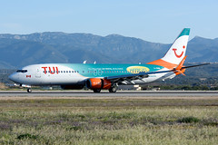 Boeing 737-8Q8 TUI Sunwing Airlines  Sunnycars PMI LEPA (Toni Marimon) Tags: boeing 7378q8 tui sunwing airlines sunnycars pmi lepa b737 b738 737 738