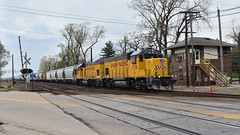Surprise at JB (Robby Gragg) Tags: up gp151 738 west chicago upy