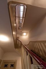 Staircase (Frank Guschmann) Tags: treppe treppenhaus staircase stairwell escaliers architektur stairs stzufen steps frankguschmann nikond500 d500 nikon