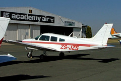 ZS-JZS   Piper PA-28-181 Cherokee Archer II [28-7790432] Johannesburg-Rand~ZS 21/09/2006 (raybarber2) Tags: 287790432 airportdata cn287790432 fagm filed flickr planebase raybarber single southafricancivil zsjzs