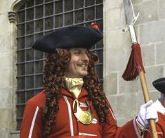 Hombre feliz (Civis-XXI) Tags: gente retrato people soldado disfraz uniforme barcelona españa tabarnia