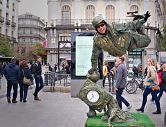Estoy en Madrid 😉 (Behappyaveiro) Tags: humanstatues livingstatues madrid spain europe street streetartists puertadelsol