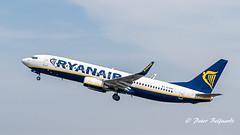 EI-ENO   Boeing 737-800 - Ryanair (Peter Beljaards) Tags: msn40302 cfm567 ryanair eieno boeing737800 737 b737 boeing737 budget nikon7003000mmf4556 nikond5500 ams eham airplane aircraft schiphol haarlemmermeer departure takeoff
