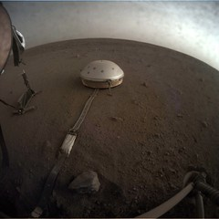 Clouds Over Insight (sjrankin) Tags: 26april2019 edited nasa mars insight gif animatedgif seismograph sky haze clouds motion weather elysiumplanitia
