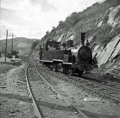 CP E114, Tua station, 1965 (filhodaCP) Tags: cp vapor steamlocomotive máquinaavapor mallet comboiosdeportugal caminhodeferro linhadotua viametrica viaestreita narrowgauge metergauge metregauge