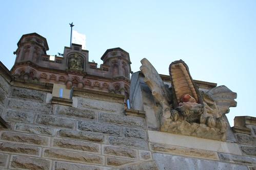 Königswinter: Drachenkopf an Schloss Drachenburg