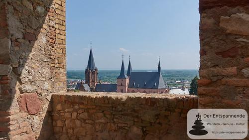 Burgruine Landskron: Blick auf Katharinenkirche