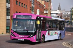 First Glasgow YX68 USY (67022) | Route 65 | Clutha Junction, Glasgow (Strathclyder) Tags: first glasgow firstglasgow alexander dennis adl enviro 200 mmc e200mmc yx68 usy yx68usy 67022 clutha junction scotland olympiarevised caledonia