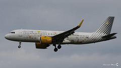 "Airbus A320-271N, Vueling Airlines livrée ""We Love Places"", EC-NAJ (maxguenat) Tags: avion spotting cointrin spotter airbus a320271n néo vuelingairlines weloveplaces ecnaj"