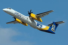 University of Alaska Fairbanks Nanooks (planephotoman) Tags: 082014pdx bombardier dhc8400 dhc8402 q400 n441qx uaf universityofalaskafairbanks nanooks horizonair alaskaairlines airline airliner pdxaircraft portlandinternationalairport pdx kpdx