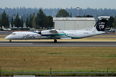 Employee Powered (planephotoman) Tags: bombardier dhc8400 dhc8402 q400 n452qx employeepowered horizonair alaskaairlines airline airliner pdxaircraft portlandinternationalairport pdx kpdx