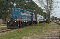 A&R 300 at Skibo Yard (Travis Mackey Photography) Tags: ar 300 skibo yard fayetteville nc gp18 train railroad locomotive trees grass sky