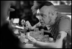 Hey bartender (Micke Borg) Tags: 12min 11 xtol kodak 640 hp5 ilford 14 classic nokton voigtlander m4 leica brödernaolsson garlicshots folkungagatan södermalm söder sverige sweden stockholm