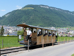Stanserhorn Bahn, Switzerland - An ascending car approaches the loop on the 13th July 2018 (trained_4_life) Tags: stanserhornbahn stans switzerland funicular seilbahn funiculaire funicolare 缆车 kabel ケーブルカー