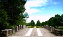 Ponte delle catene - XIX century (by emmeci) Tags: parcodimonza pontedellecatene viale prospettiva xixsecolo luigicanonica monza