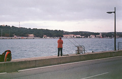 (franciscotoledo3) Tags: film analog analogue epsonv370 v370 kodak kodakcolorplus200 filmphotography filmcamera smena 8m smena8m street streetphotography menorca sea fishing port