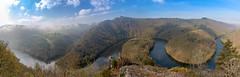 Méandre de Queuille, Auvergne, Puy de Dôme (brunochomilier) Tags: 2019 brume méandre panorama sioule queuille stream water river río agua meandro corriente de visión conjunto mist niebla montaña montagne mountain panoramic