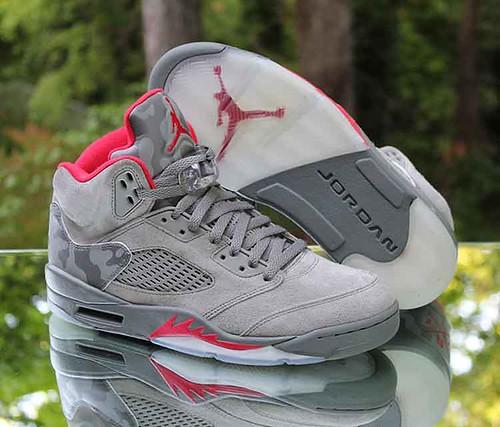 b731a28477f Nike Air Jordan 5 Retro Camo Men's Size 8.5 Dark Stucco University Red  136027-051