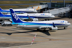 ANA Boeing 737-881 JA70AN (Mark Harris photography) Tags: spotting haned japan canon plane aviation