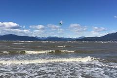 windsurfing (Pierre♪ à ♪VanCouver) Tags: vancouver salish sea salishsea waves vagues holas ondas 波 georgiastrait
