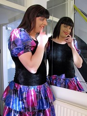 Sweet mischief (Paula Satijn) Tags: girl lady babe tgirl happy fun joy smile dress skirt vintage miniskirt shiny purple red lipstick cute sweet adorable girly feminine mirror shine colors colrful satin silk silky