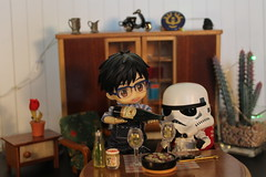 Come on, just a bit more... (Ninotpetrificat) Tags: starwars nendoroid nendo yuri yurikatsuki yurionice trooper rement cute kawaii hobby japantoy juguete asiantoys toys