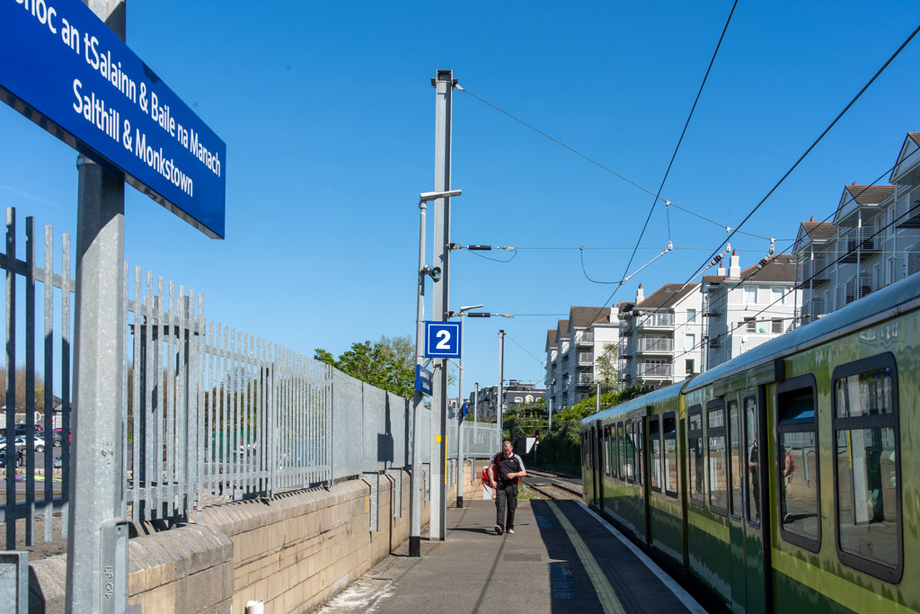 SALTHILL AND MONKSTOWN TRAIN STATION [DART SERVICE]-152116