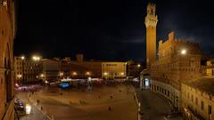Il Campo by night (dieLeuchtturms) Tags: siena 16x9 nacht italien ilcampo toskana europa 16x10 8x5 europe italia italy toscana night tuscany provinzsiena 20190420
