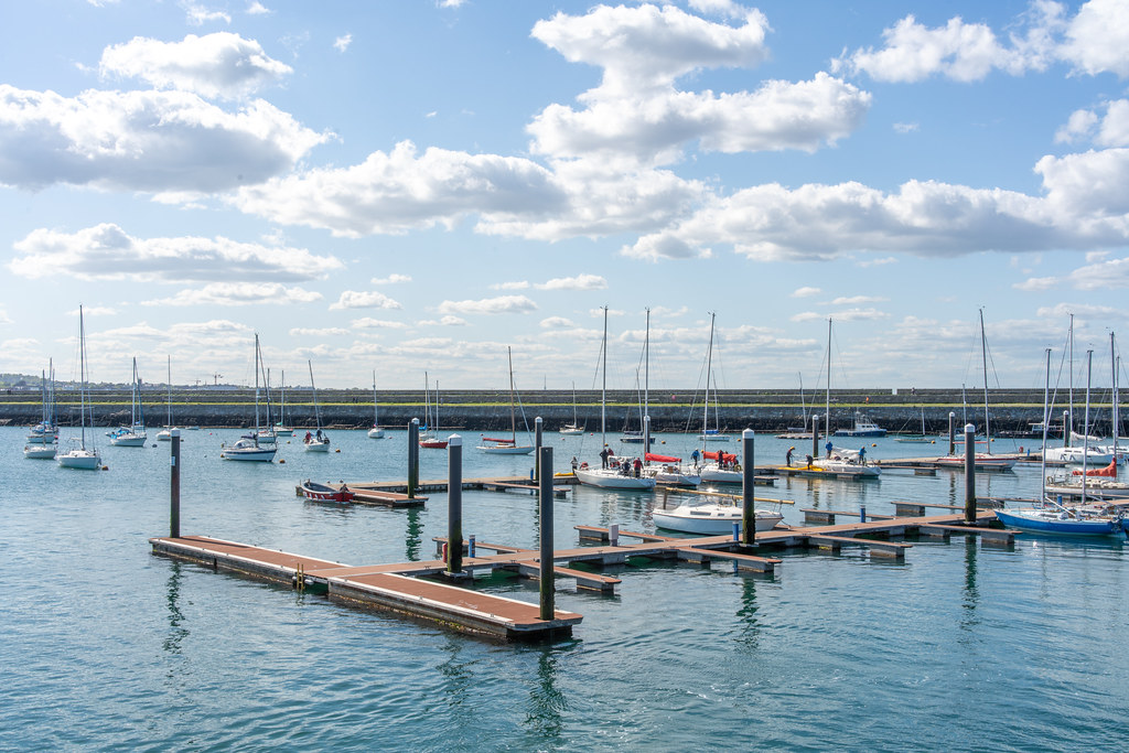 THE MARINA AREA AT THE WEST PIER [DUN LAOGHAIRE HARBOUR]-152183