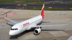 Iberia, EC-LUL, MSN 5486, Airbus A 320-216, 14.04.2019,  DUS-EDDL, Düsseldorf (Named: Cangas De Onis) (henryk.konrad) Tags: iberia eclul msn5486 airbus a320216 duseddl düsseldorf henrykkonrad congasdeonis