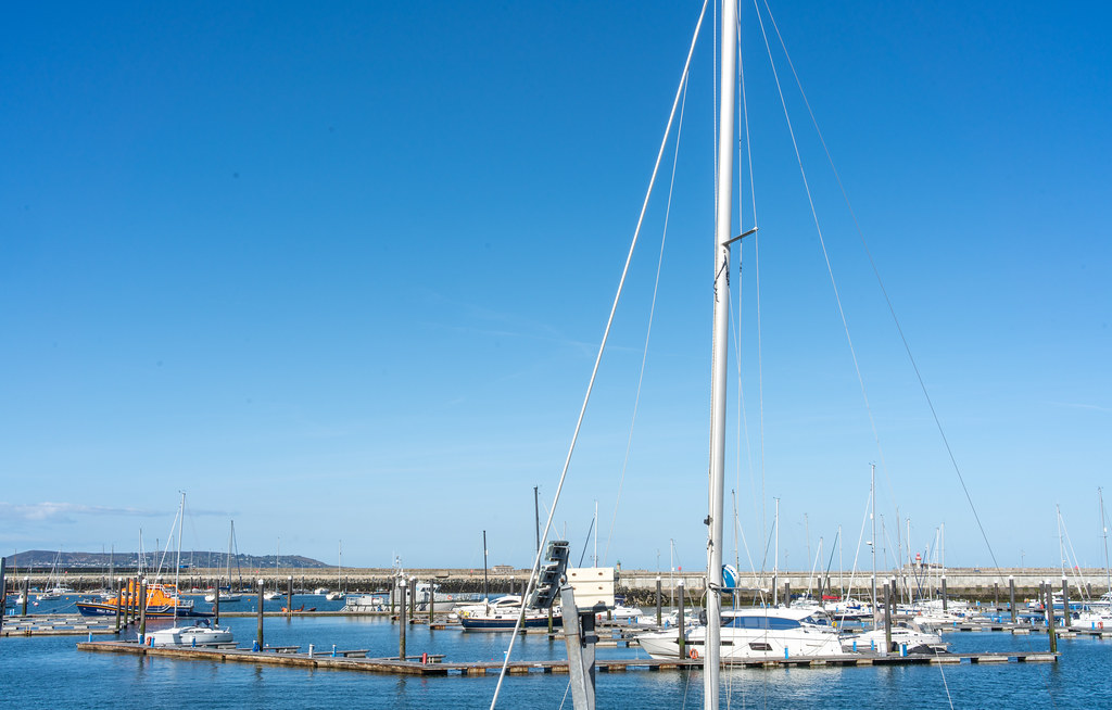 TRADERS' WHARF AREA [WEST PIER DUN LAOGHAIRE HARBOUR]-152227