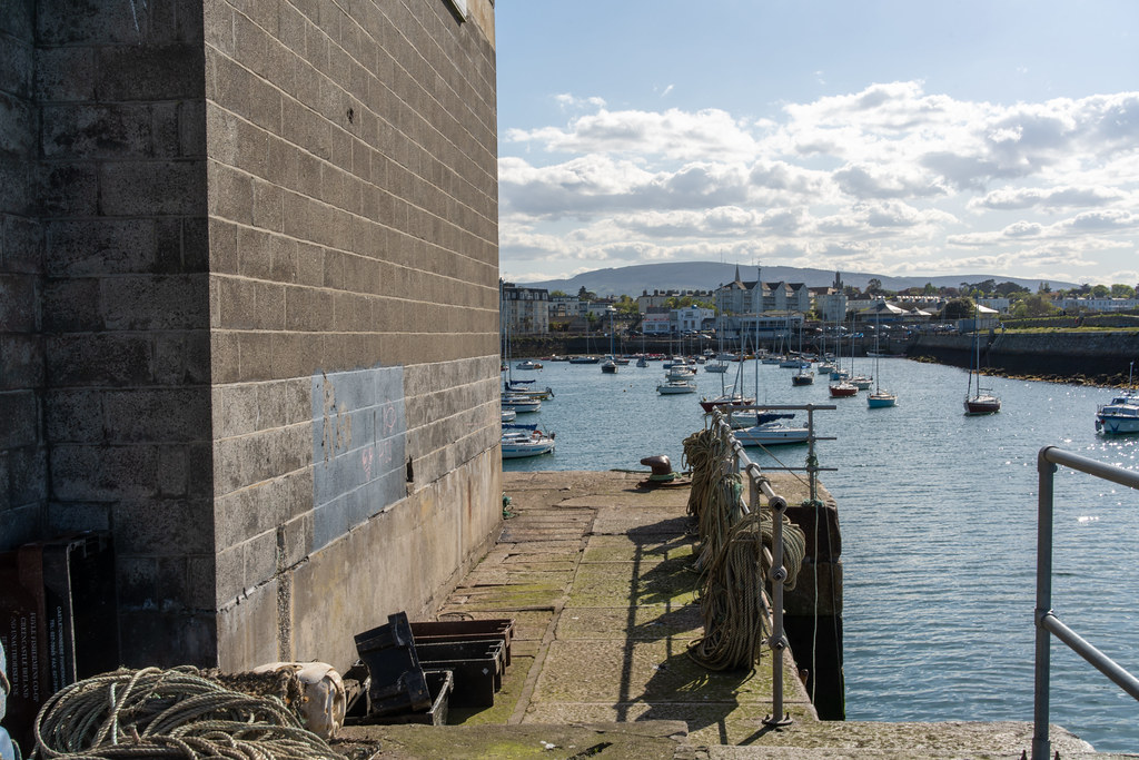 TRADERS' WHARF AREA [WEST PIER DUN LAOGHAIRE HARBOUR]-152236