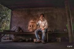 Cambogia - Artigiani del tempo. (iw2ijz) Tags: scultore sculpture scultura artists artista nikon reflex d500 street travel trip viaggio people person persone cambodia cambogia