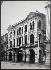 Holland-China Trading Company Hong Kong office, 16 Des Voeux Road Central, 1918 (Charles in Shanghai) Tags: charles shanghai holland china trading company handelscompagnie hchc hong kong hongkong harbour blackandwhite bw monochrome stadsarchief rotterdam httpwwwstadsarchiefrotterdamnlen gwulo
