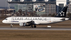 Airbus A320-211 D-AIPC Lufthansa - Star Alliance Livery (William Musculus) Tags: plane spotting aviation airplane airport william musculus munich flughafen munchen muc eddm airbus a320211 daipc lufthansa star alliance livery lh dlh a320200 special scheme