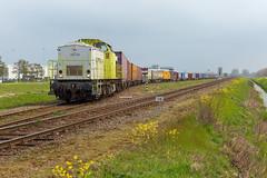 CT 203 103 + Lineas-Segrate (Durk Houtsma.) Tags: v100 moerdijk lna 203103 segrate captrain lns lineas noordbrabant nederland