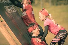 Teamwork. (Alex-de-Haas) Tags: 70200mm como comoco comocoobstaclerun comoobstaclerun comorun d5 dutch dutchies holland nederland nederlands nikkor nikkor70200mm nikon noordwijkerhout ocr oosterduinsemeer zuidholland bootcamp candid child children dirt dirty endurance evenement event familie family fit fitdutchies fitness fun hardlopen joggen jogging kid kids kind kinderen mensen modder mud obstacle obstaclecourserace obstaclecourserun obstacleracing obstaclerun obstakel people plezier race racing recreatie recreation rennen renner renners run runner runners running sport sportief sportiviteit sporty summer team teamspirit teamgeest vies volharding zomer