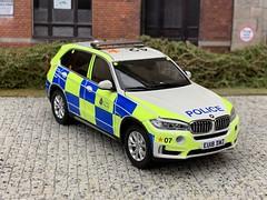 1/43 Code 3 Paragon BMW X5 Essex Police ARV (Mike's Code 3 Models) Tags: 143 code 3 paragon bmw x5 essex police arv code3 armed response vehicle diecast eu18dwz