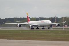 A56A2228@L6 (Logan-26) Tags: airbus a340642 eckzi msn 1017 iberia riga international rixevra latvia aleksandrs čubikins airport