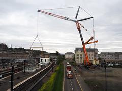 Stretching. (HivizPhotography) Tags: global port services liebherr ltm175091 crane luffing fly jib stirling station rail railway scotrail heavy construction bridge scotland uk lifting lift