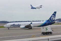 B737 N275AK + A320 N851VA Seattle Tacoma 25.03.19 (jonf45 - 5 million views -Thank you) Tags: seattle tacoma airport ksea seatac airliner civil aircraft jet plane flight aviation flying usa march 2019 alaska airlines boeing 737 n285ak