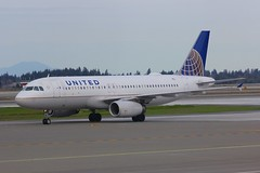A320 N426UA Seattle Tacoma 25.03.19 (jonf45 - 5 million views -Thank you) Tags: seattle tacoma airport ksea seatac airliner civil aircraft jet plane flight aviation flying usa march 2019 united airlines airbus a320 n426ua